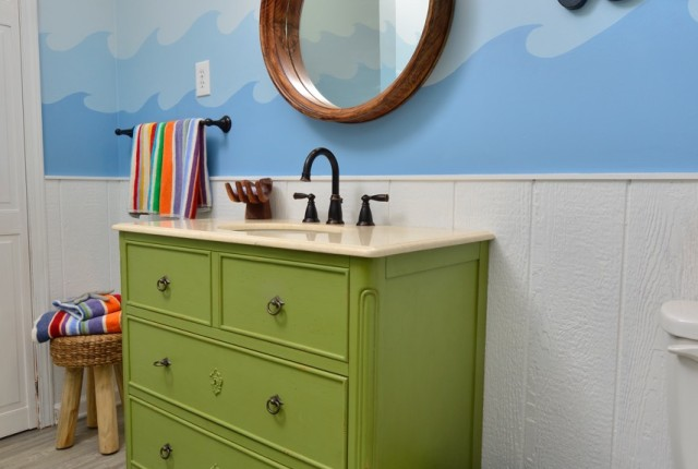 Itsy Bitsy cottage making waves renovation bathroom