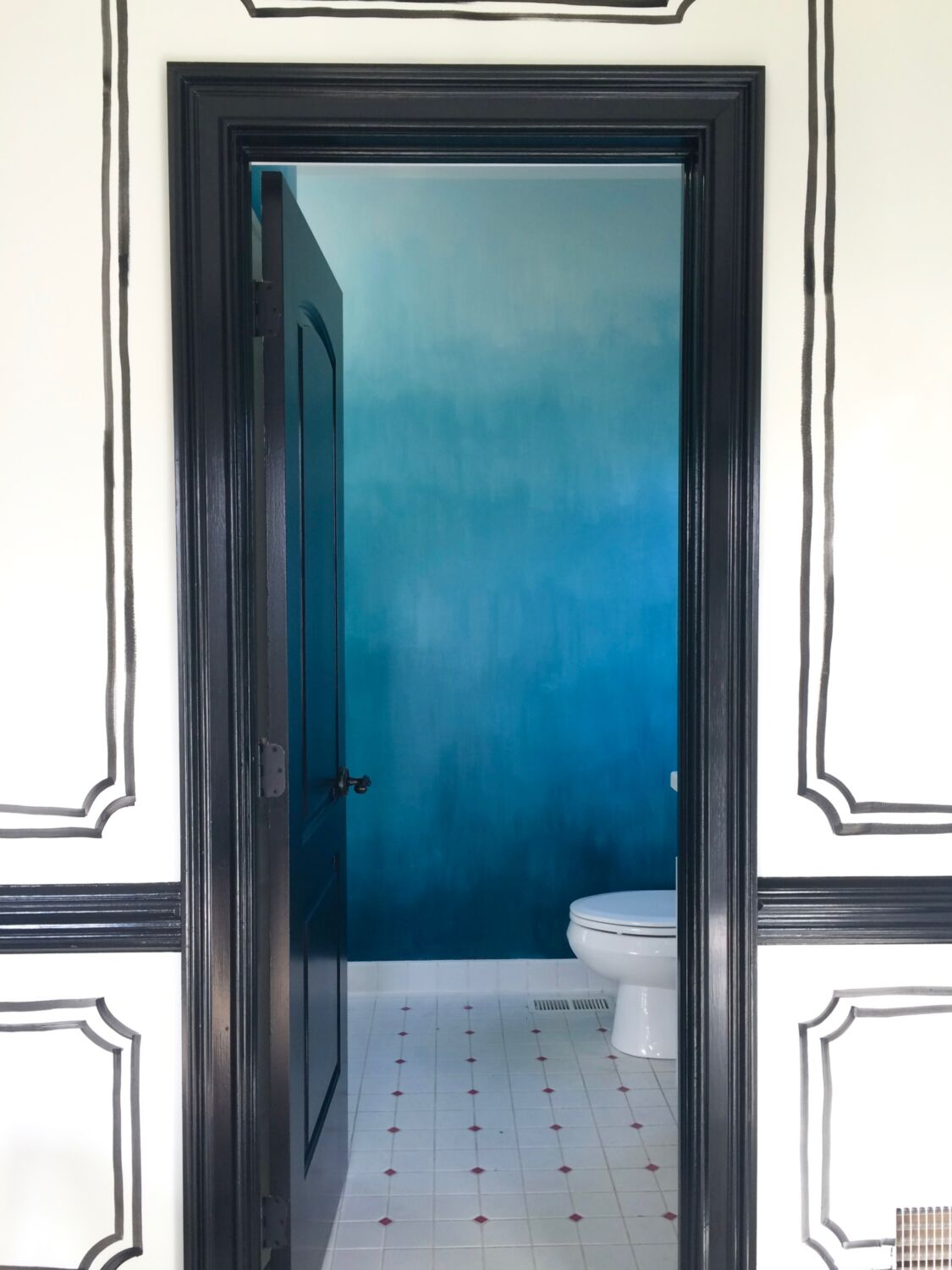 Small Bathroom Paint Color