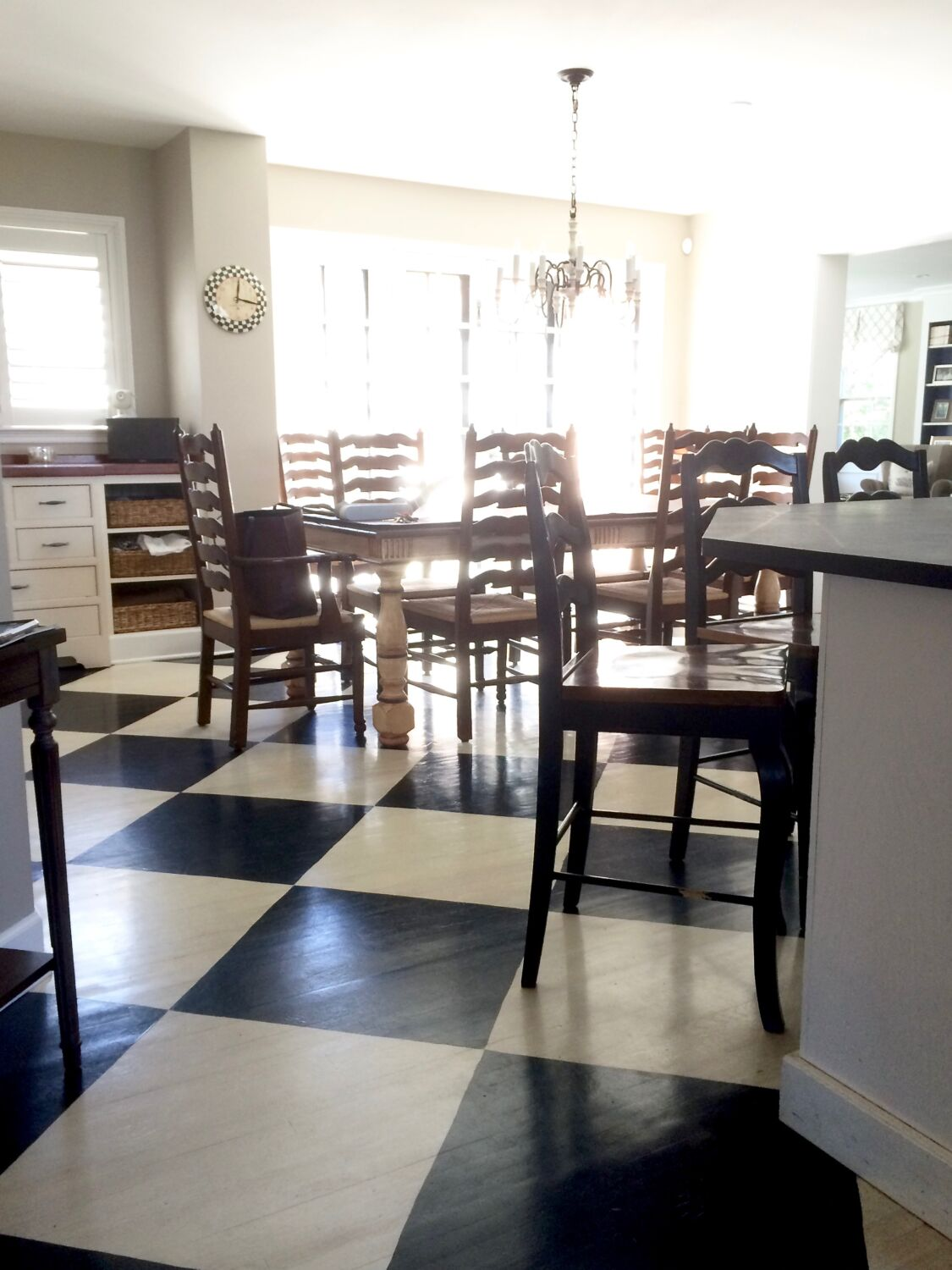 How To Paint A Farmhouse Black And White Painted Checkered