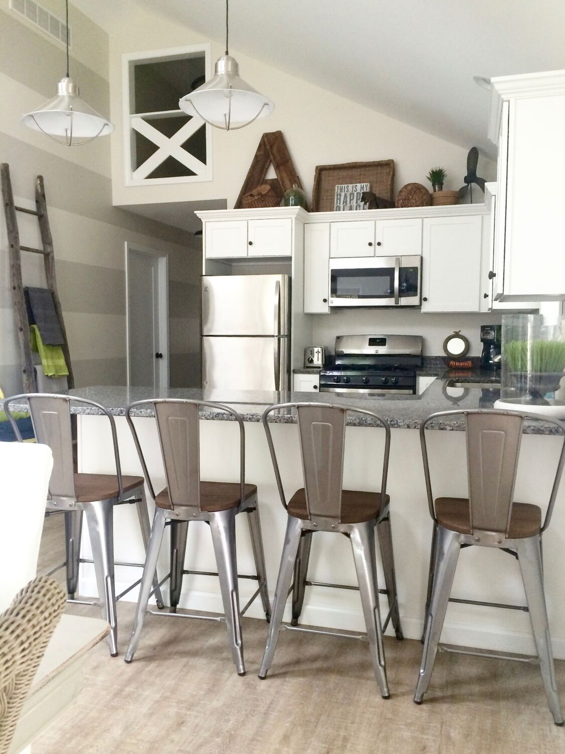 Rustic Farmhouse Cottage Revisted A Catch Of A Summer Home