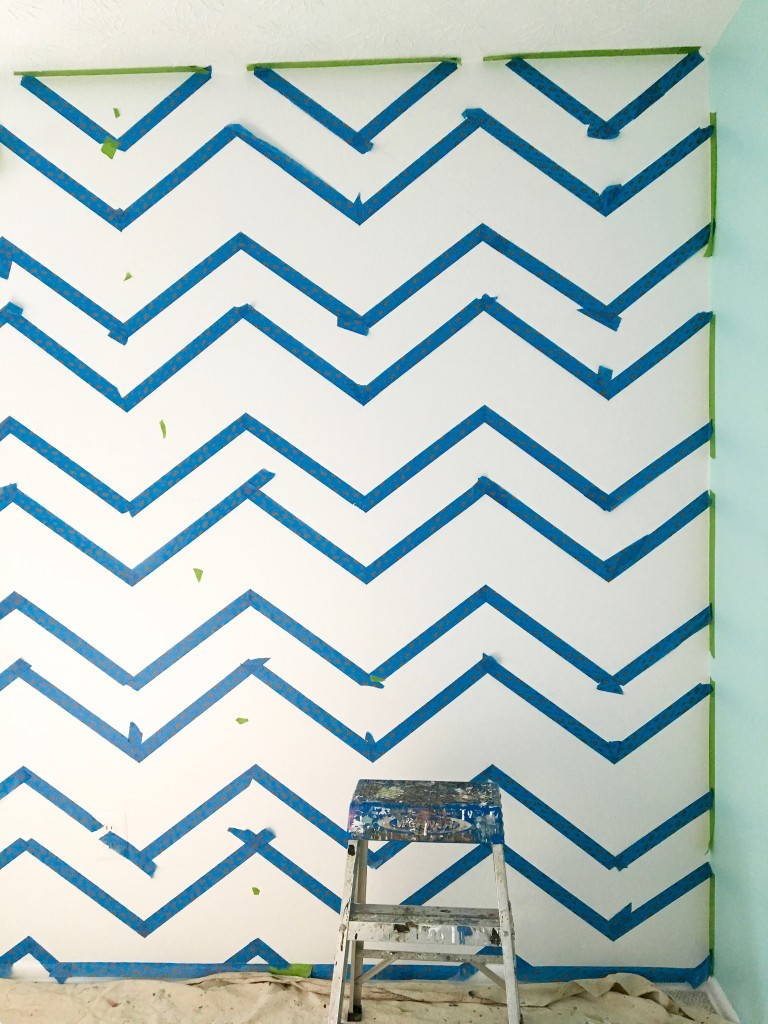 How_to_paint_chevron_stripes_painters_tape