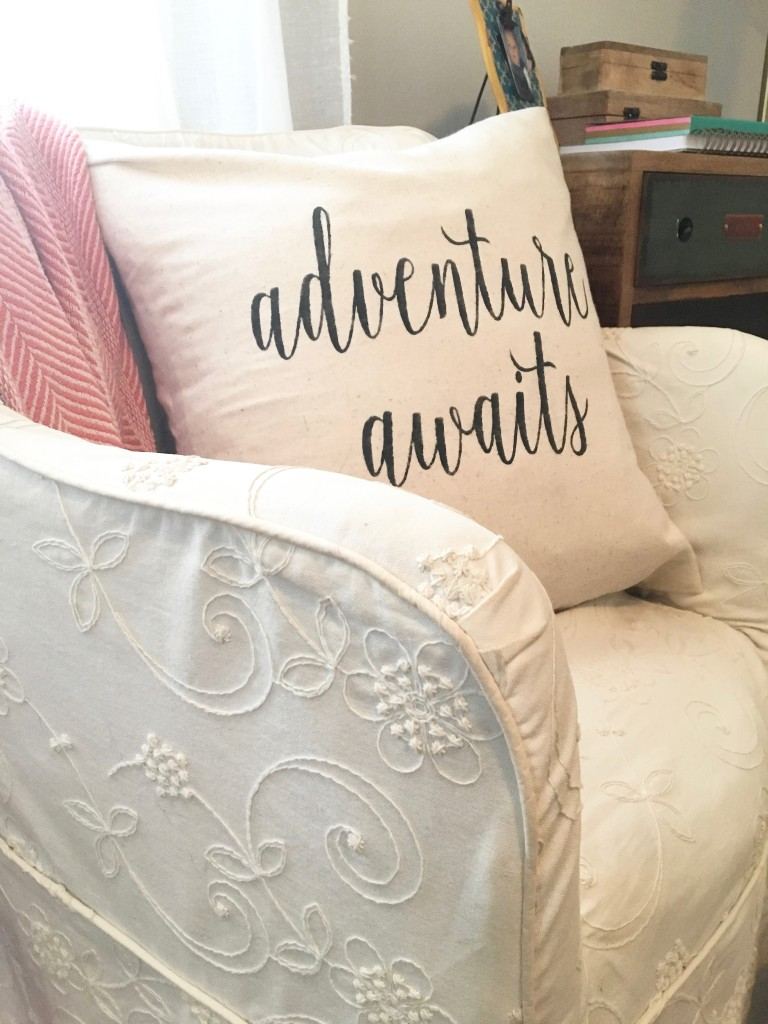 boho_chic_bohemian_bedding_bedroom_teen_makeover_elepahont_decor_adventure_bedding_arrows_the_dotted_bow_pillow