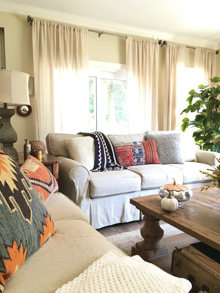 Decorating the Home for Fall: Adding color, patterns, & textures to ...