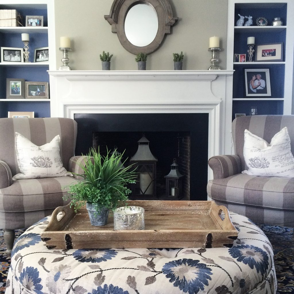 navy blue home decor tradtioonal home trends neutral painting ideas