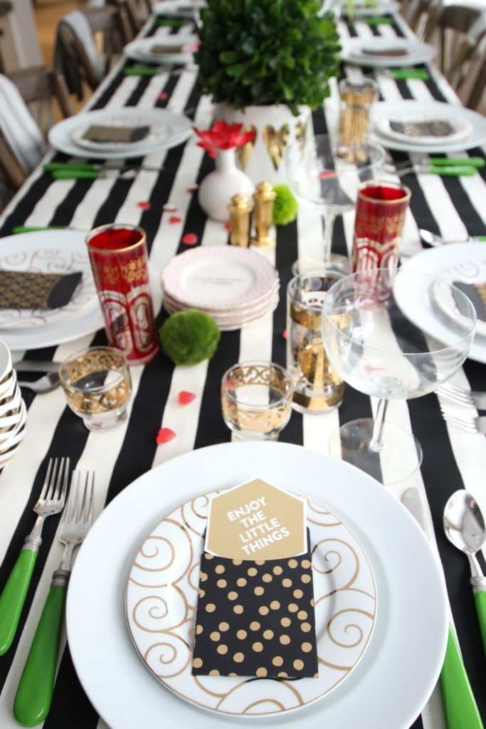 setting_the_table-Valentine's_day_black_white_stripes_gold_dinner_entertaining_Love