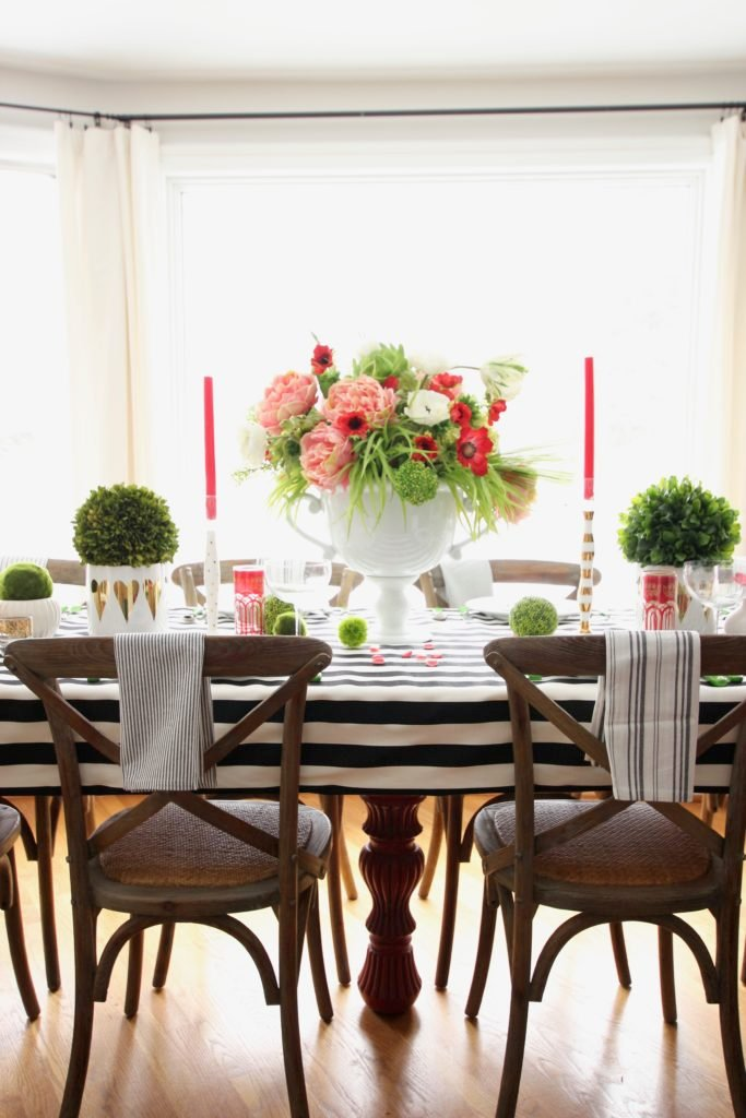 setting_the_table-Valentine's_day_black_white_stripes_gold_dinner_entertaining_Love_flowers_hearts_Tablescape_spring
