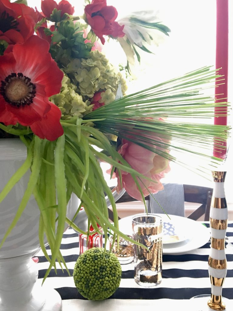 setting_the_table-Valentine's_day_black_white_stripes_gold_dinner_entertaining_Love_flowers_poppies