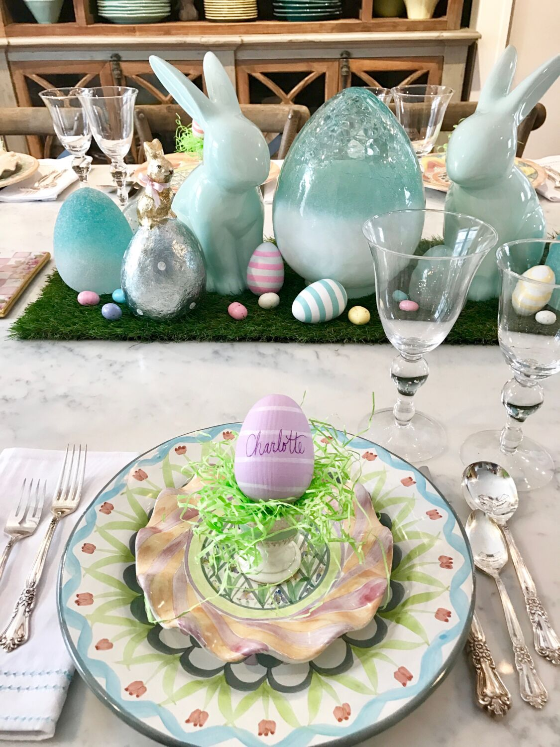 Easter parade blog hop setting the farmhouse table for brunch for Home goods easter decorations