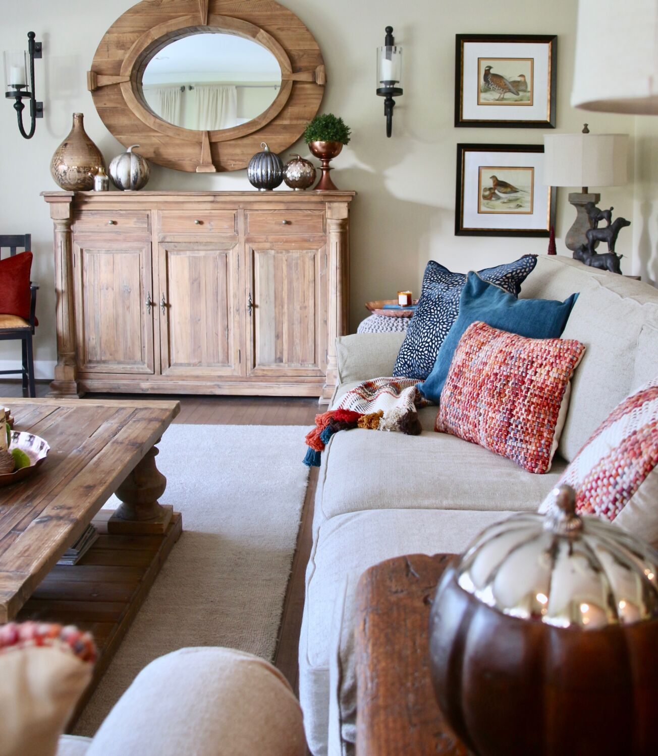 29 Cozy And Inviting Fall Living Room Décor Ideas: Decorating For Fall: 7 Easy Tips To Creating A Rich
