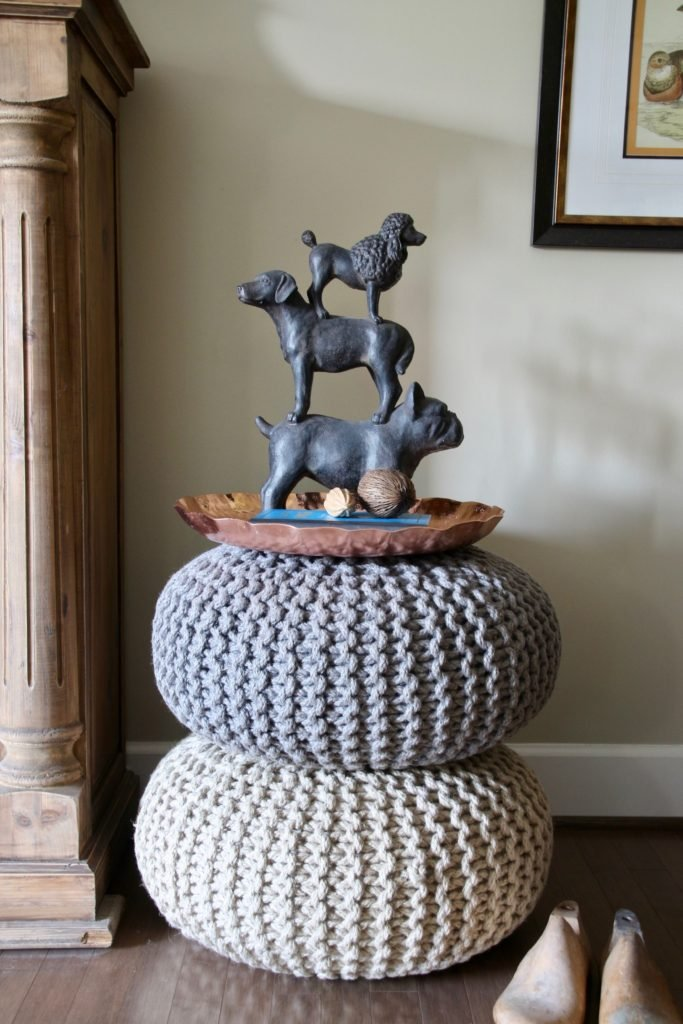 Fall_Blogger_home_tour_living_room_neutral_decor_autumn_colors_meme_hill_Amie_freling_HomeGoods_knit_poufs_dogs_doorstop_Copper_tray