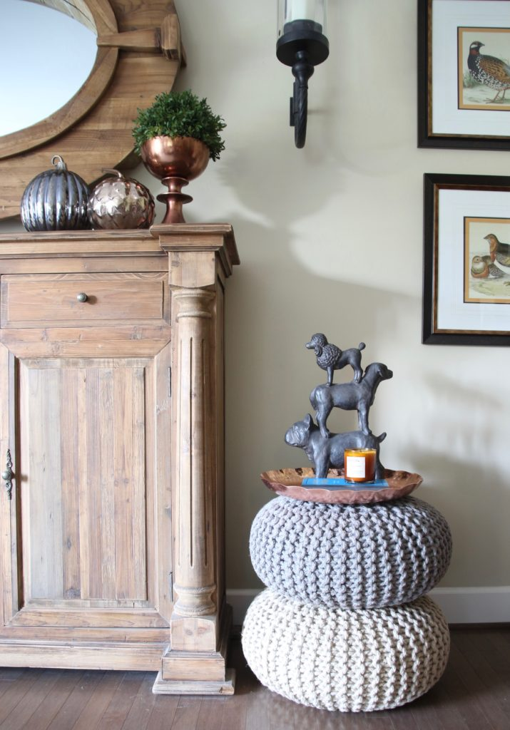 Fall_Blogger_home_tour_living_room_neutral_decor_autumn_colors_meme_hill_Amie_freling_HomeGoods_pouf_dog_doorstop_rustic