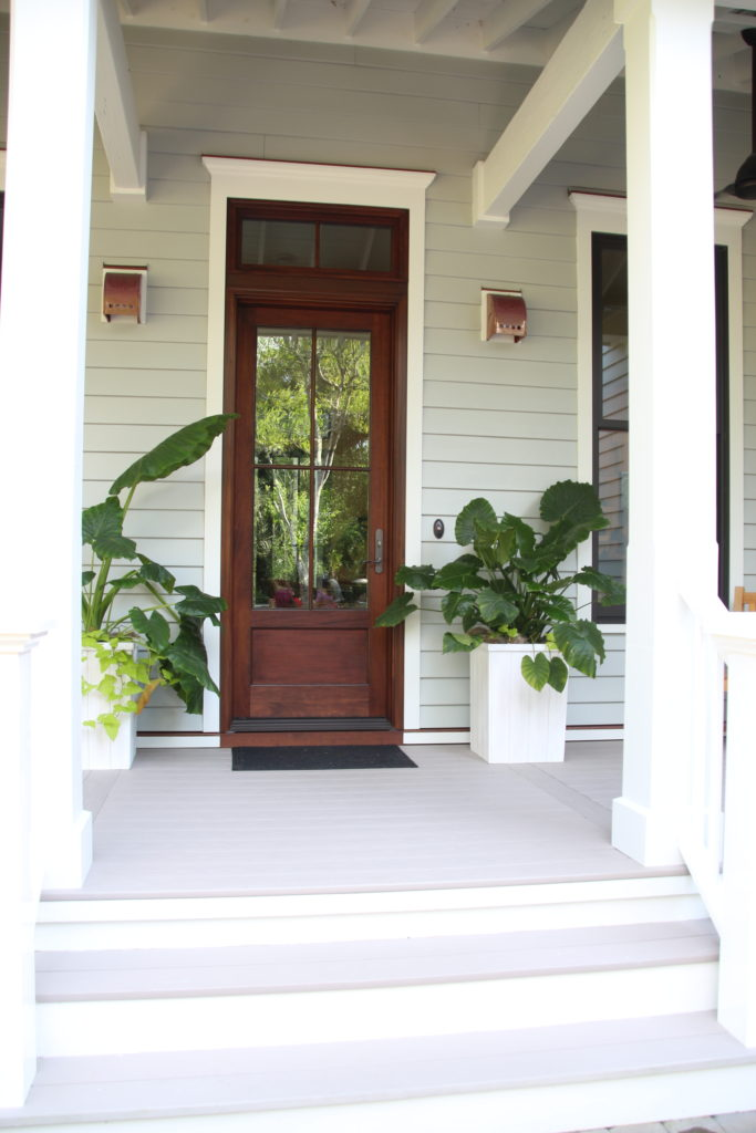 Southern _living_Idea_House_2017_Delta_faucet_bald_head_island_Meme_hill_Front_door_wood_Integrity_marvin_windows_doors
