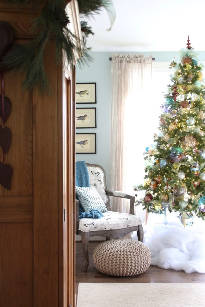 Christmas_bedroom_gorgeous_Turquoise_Makeover_bedding_bonTon_Laura_ashley_Meme_hill_Amie_freling_Tree_Bird_art_Monarch_chair_raymour_flanigan_butterfly