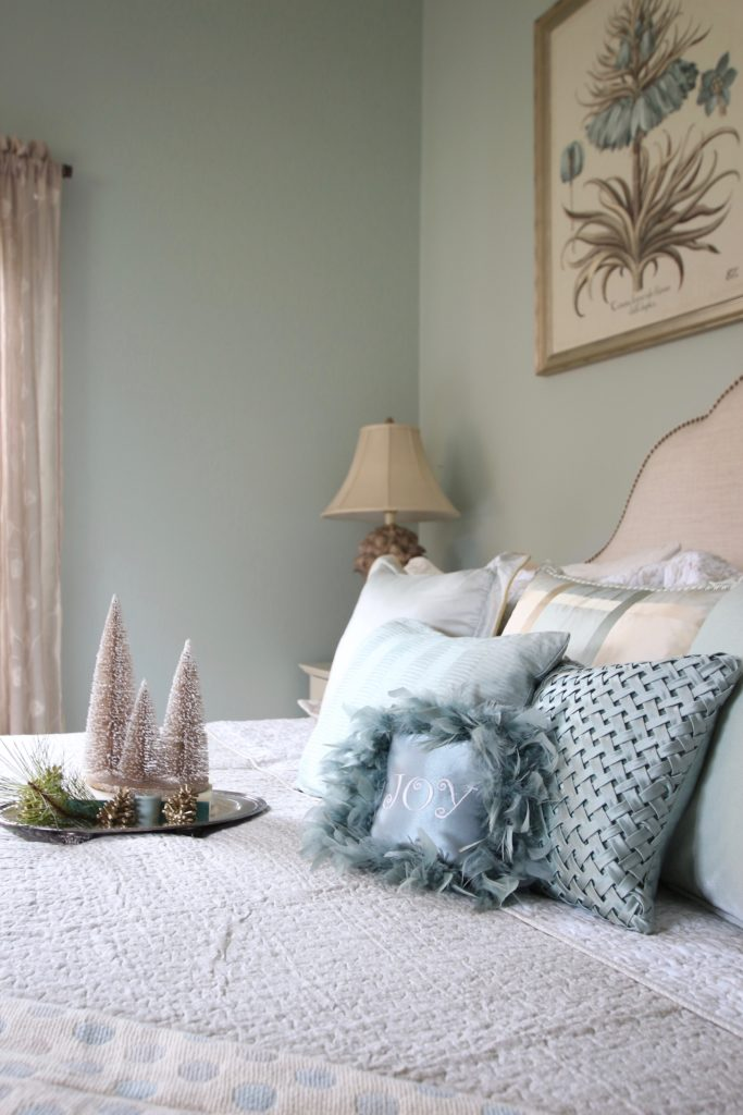 Surprise Her With Gorgeous Laura Ashley Bedding This Christmas