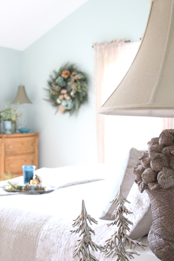 Christmas_bedroom_gorgeous_Turquoise_Makeover_bedding_bonTon_Laura_ashley_Meme_hill_Amie_freling_Tree_Bird_art_wreath