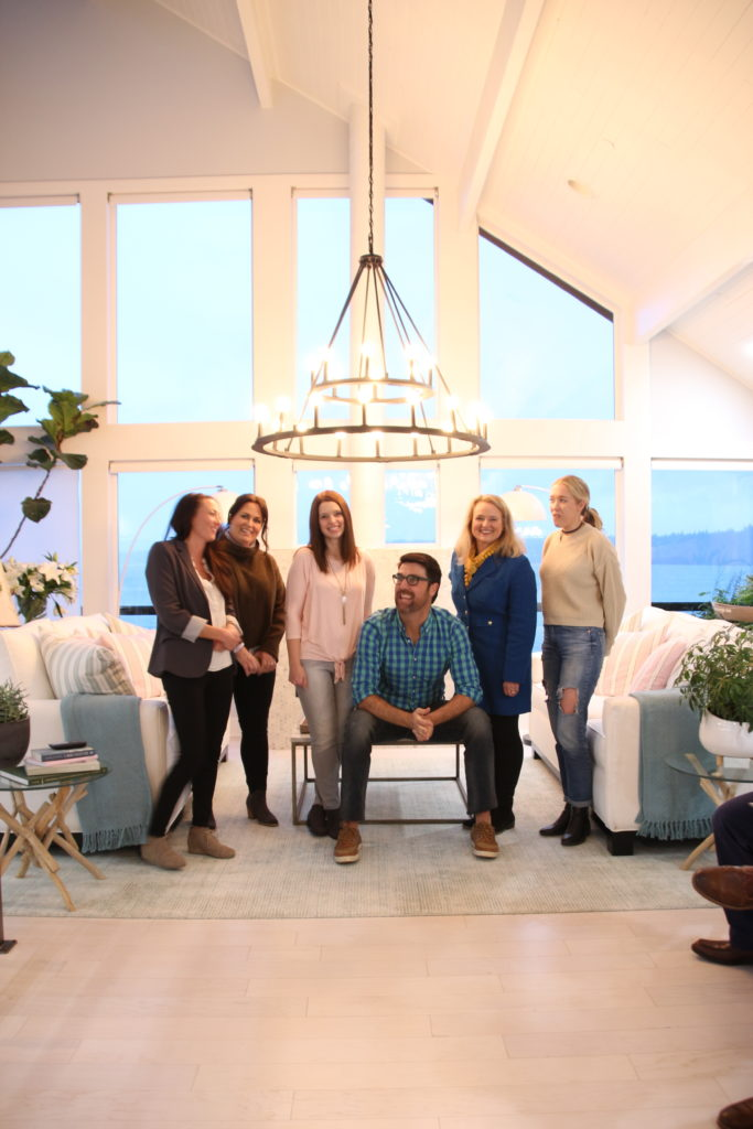 HGTV_Dream_home_Seattle_WA_Gig_Harbor_2018_Delta_faucet_amie_freling_meme_hill_Living_room_brian_patrick_flynn_blogger