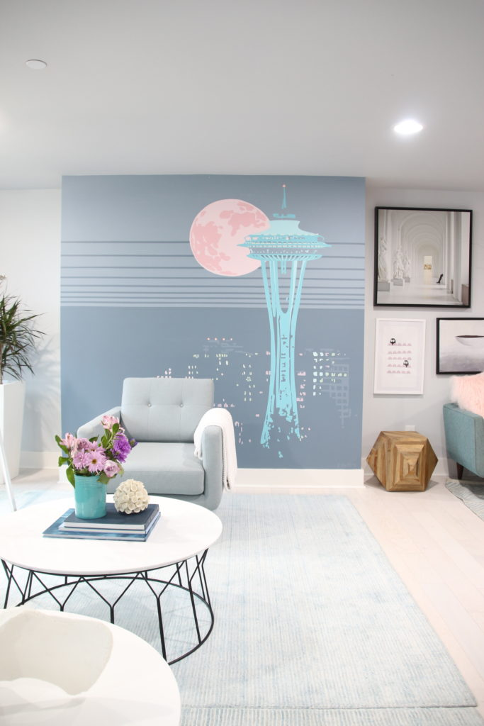 HGTV_Dream_home_Seattle_WA_Gig_Harbor_2018_Delta_faucet_amie_freling_meme_hill_Living_room_brian_patrick_flynn_space_needle