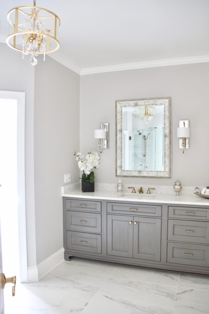 Meme_HIll_studio_amie_Freling_Concept_2_Bathroom_White_glam_Gray_carrera_marble_gold_Chandelier