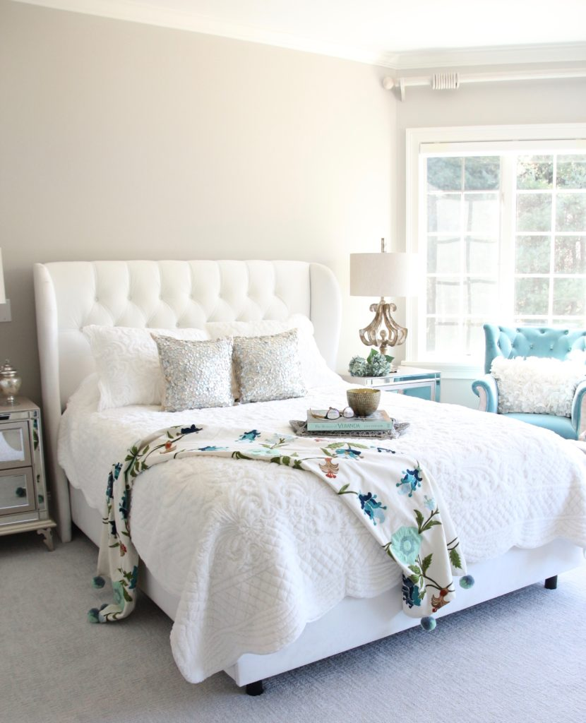 Meme_HIll_studio_amie_Freling_Raymour_flanigan_White_glam_bedroom_gorgeous_Thayer_upolstered_bed_accent_pillows_Dialia_mirrored_nightstand_velvet