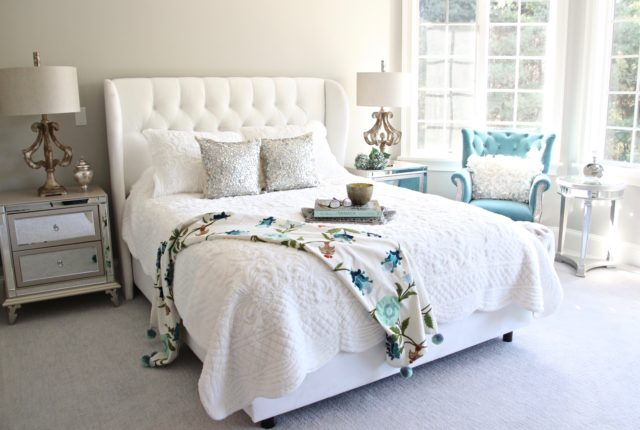 Meme_HIll_studio_amie_Freling_Raymour_flanigan_White_glam_bedroom_gorgeous_Thayer_upolstered_bed_tufted_velvet_headboard_mirrored
