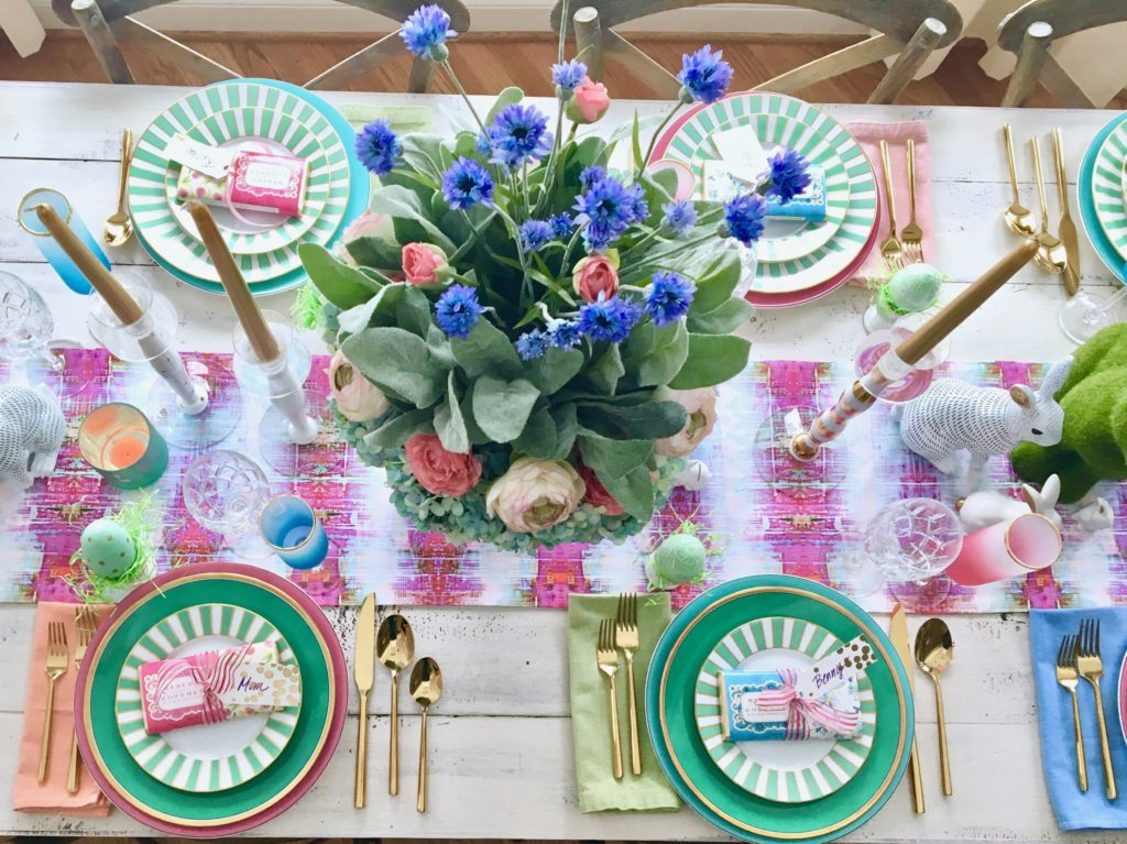 Meme_Hill_AMie_freling_centerpiece_flower_floral_Easter_decorarting_ideas_setting_table_homegoods_colorful_easy_tips_farmhouse_bunny_eggs_pink