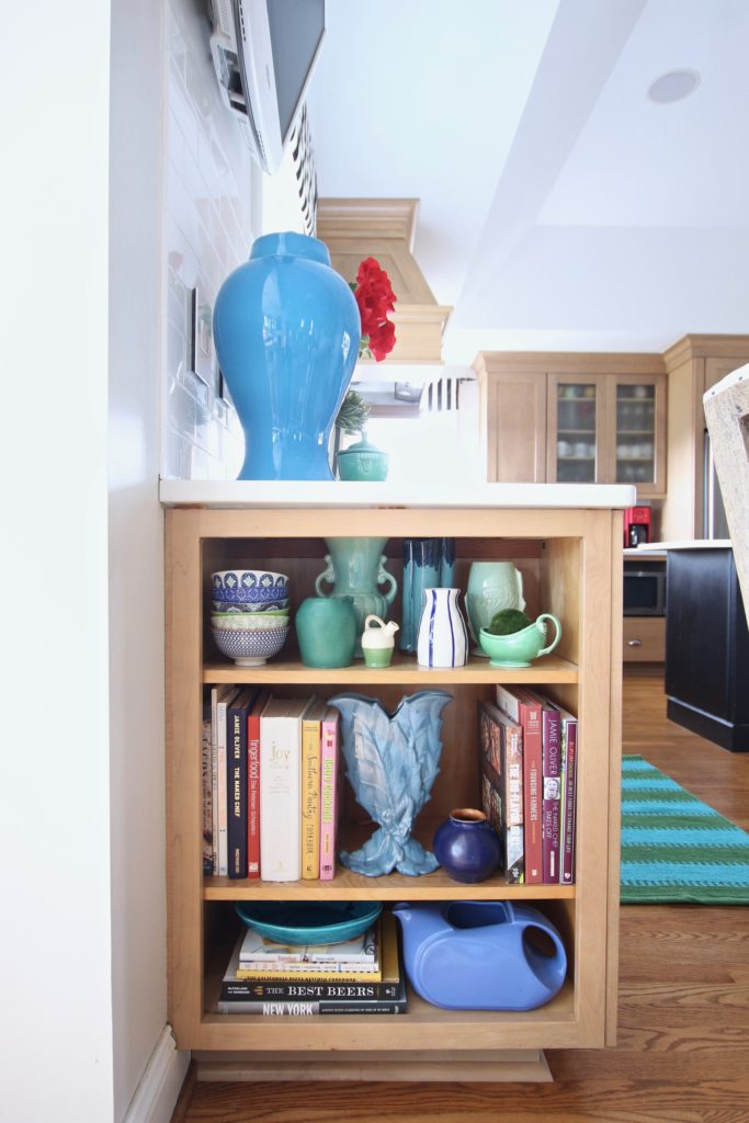Colorful_jumpstart_Spring_kitchen_Meme_Hill_Studio_Amie_Freling_Raymour_flanigan_black_Houndstooth_Flowers_kitchen_shelfie_vintage_pottery