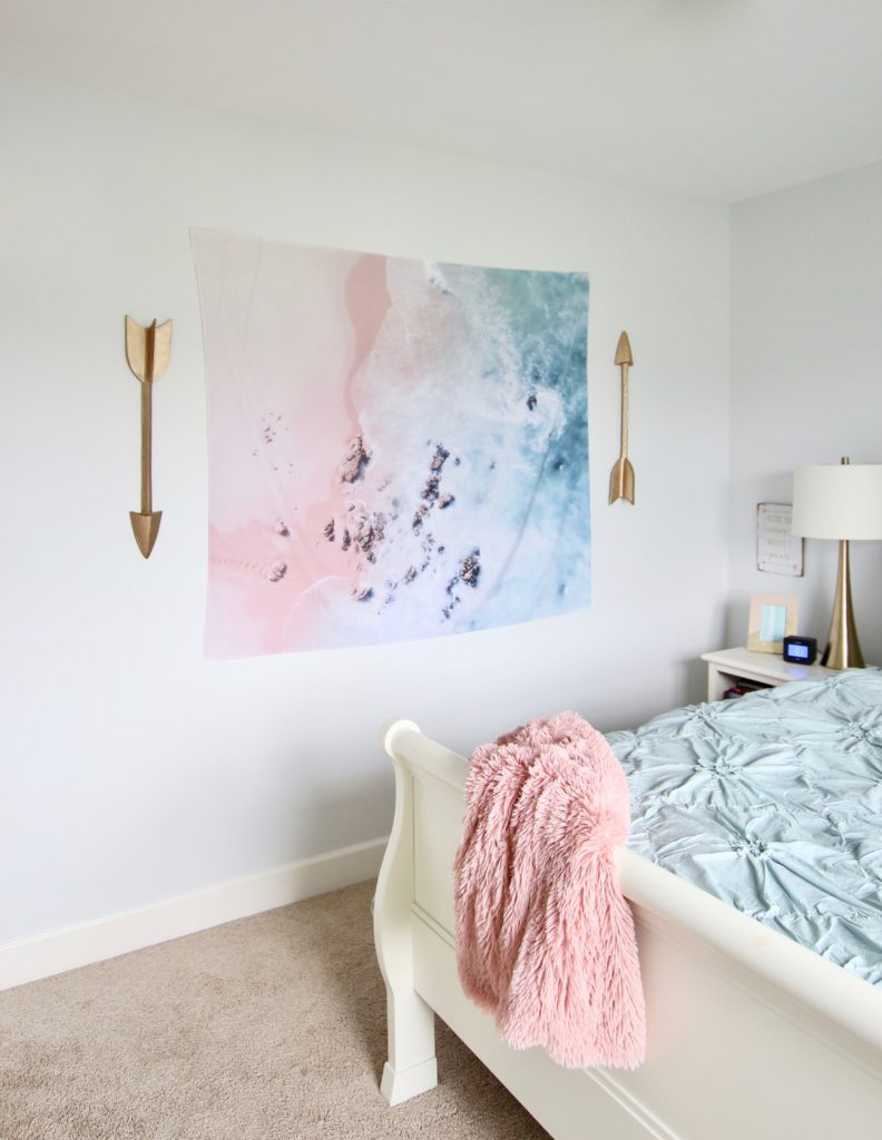 Designing_Teen_room_to_Last_white_furniture_makeover_bedroom_MemeHIll_studio_amie_freling_decorating_ideas_lighting_turquoise_pink_gold_society_6_tapestry