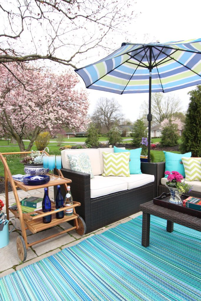 Amie_freling_meme_hill_studio_raymour_flanigan_bar_cart_outdoor_mothers_day_ideas_rochester_ny_striped_umbrella