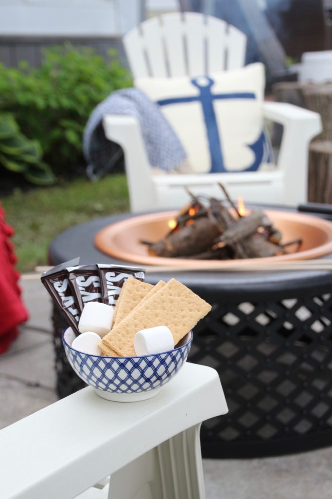 Meme_HIll_Studio_Amie_Freling_Summer_Lake_House_Blogger_Home_Tour_Cottage_Living_Coastal_decor_firepit_Raymour_flanigan_fun_smores_treats