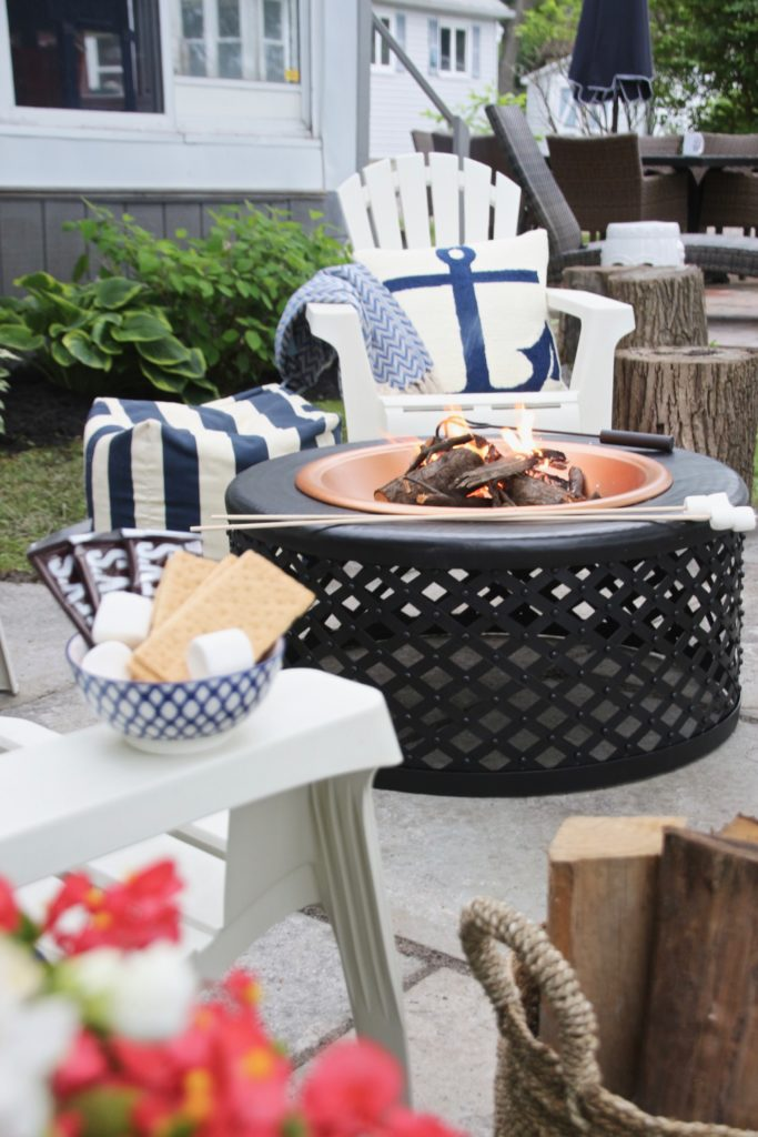 Meme_HIll_Studio_Amie_Freling_Summer_Lake_House_Blogger_Home_Tour_Cottage_Living_Coastal_decor_firepit_Raymour_flanigan_smores