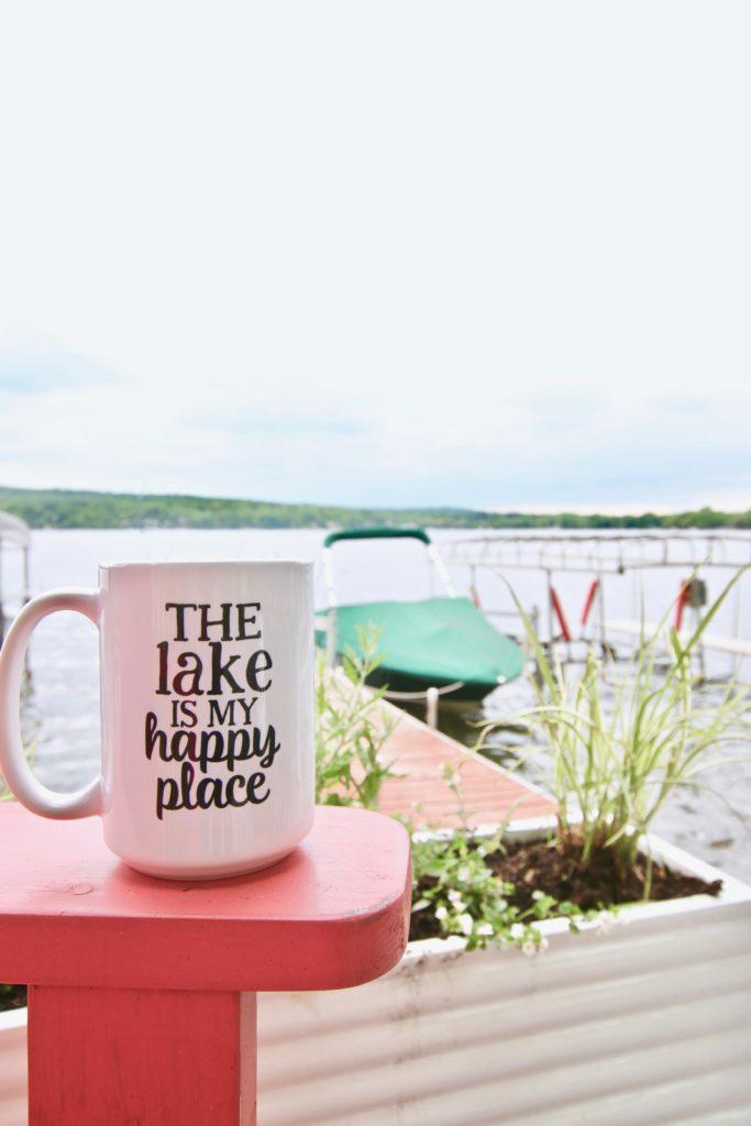 Meme_HIll_Studio_Amie_Freling_Summer_Lake_House_Blogger_Home_Tour_Cottage_Living_Coastal_decor_mug_Sweet_mint