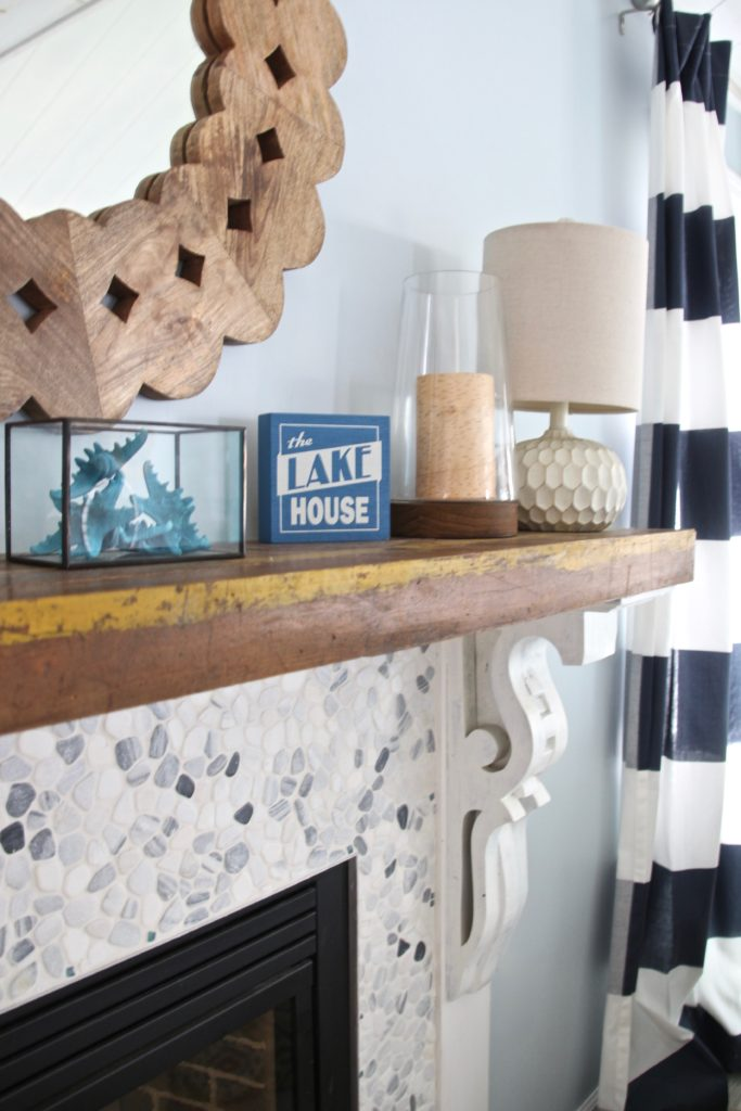 Meme_HIll_Studio_Amie_Freling_Summer_Lake_House_Blogger_Home_Tour_Cottage_Living_Coastal_decor_reclaimed_wood_mantel