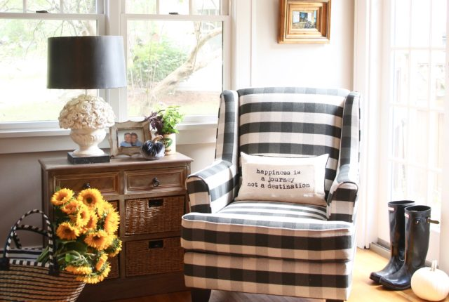 black and white chair, buffalo check chairs. black plaid ginghams chairs, Raymour & Flanigan