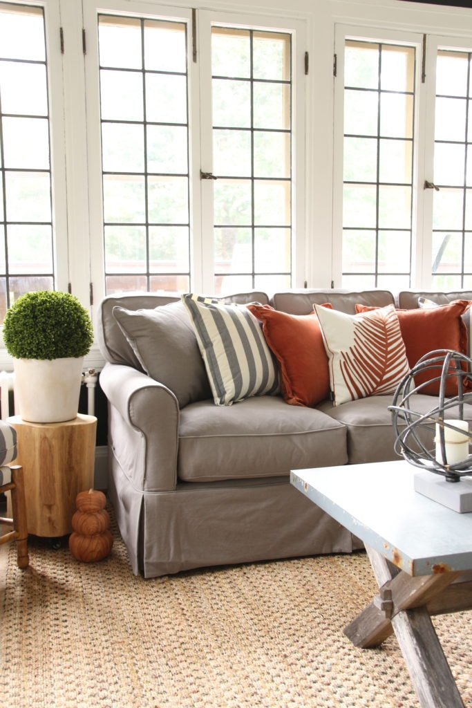 pretty gray sofas, decorating for fall , decorating with black