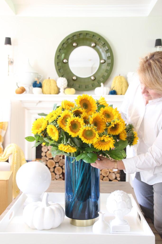 sunflower arrangements, decorating for fall with sunflowers, decorating for Fall, coffee table styling for Fall, pretty flowers for Fall