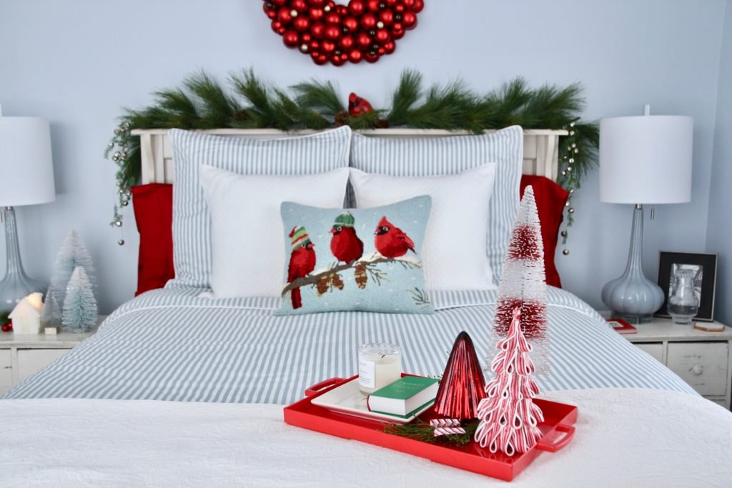 guest bedroom ideas, decorating for christmas , bedroom Christmas decor, decorating with red