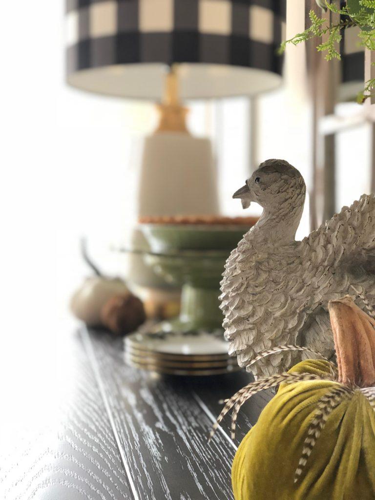 fake turkeys, decorating for Thanksgiving , faux turkey figurines