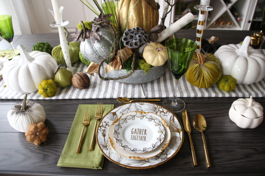 how to set the table for Thanksgiving, pretty thanksgiving day tables