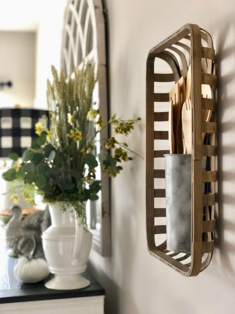 farmhouse rustic wall decor for kitchens