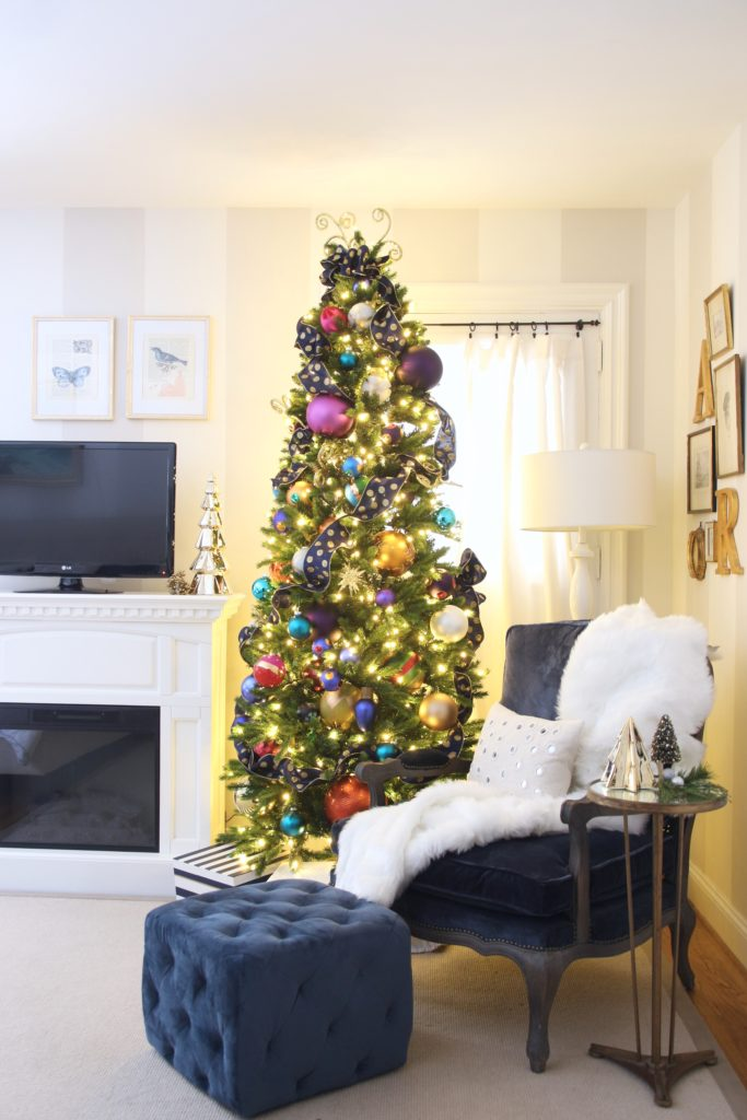 hanging artwork in your master bedroom, decorating ideas, christmas bedroom ideas, raymour flanigan velvet chair
